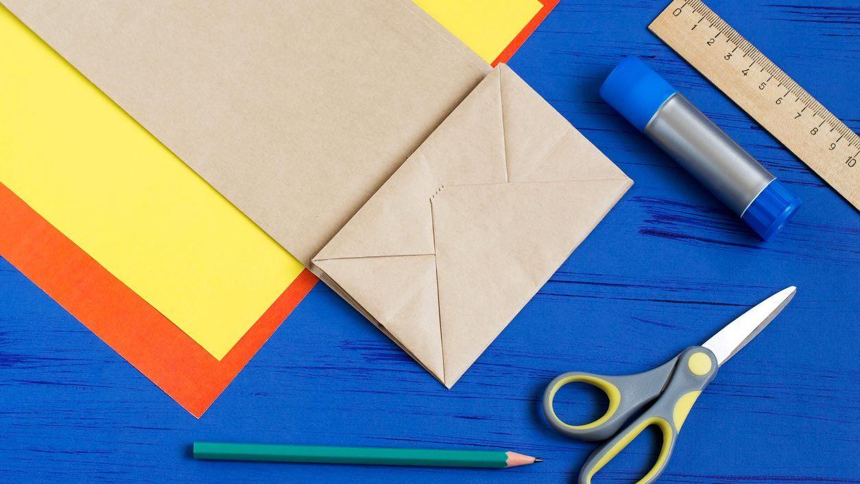 Materiales para hacer un árbol de cartón