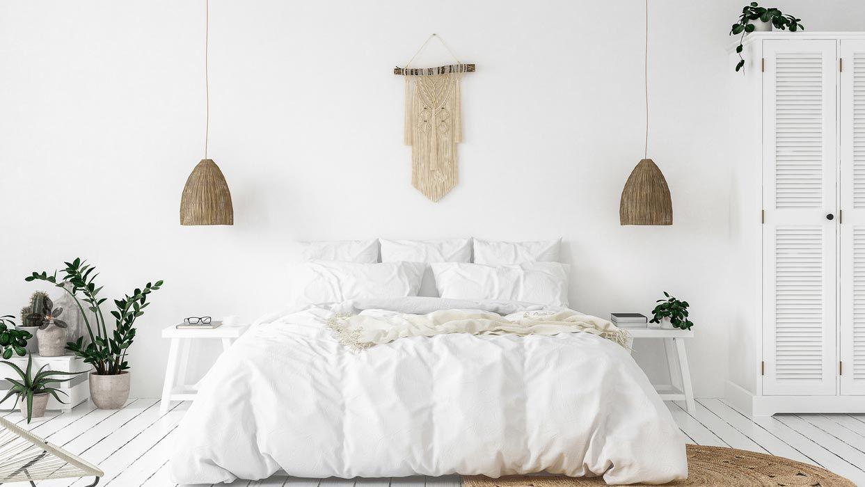Las camas con canapé ayudan a organizar el dormitorio.