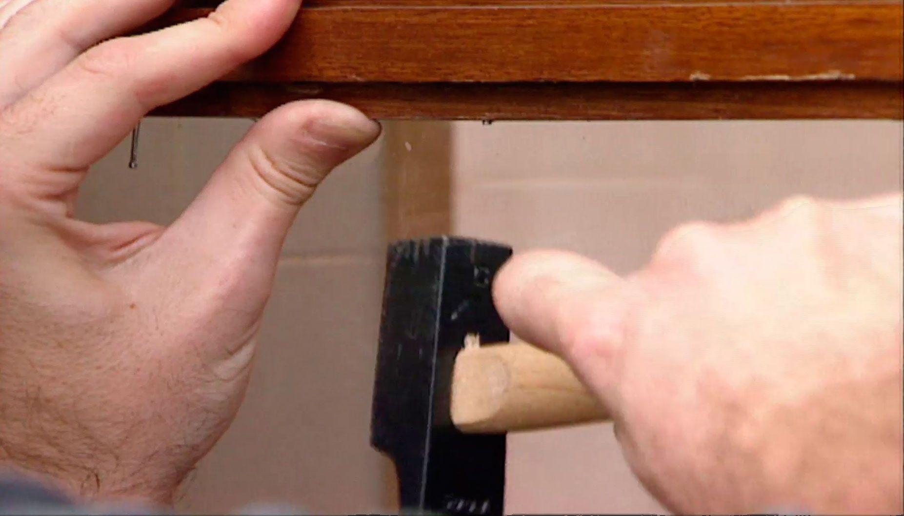 Cambiar el cristal roto de una ventana