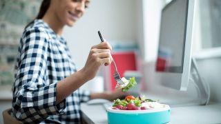 Fecha de caducidad en los alimentos: todo lo que debes saber - Salmonella y salmonelosis