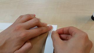 Cómo hacer un muelle de papel paso 2