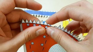 Cómo hacer un cohete de papel paso 3