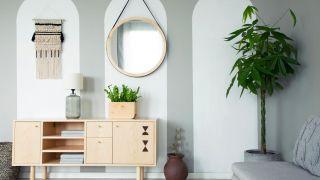 Ojos, formas geométricas y soles: la última moda en espejos de pared