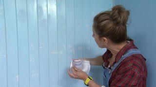 Tapar vetas, agujeros e imperfecciones de la madera con pintura poco cubriente paso 2
