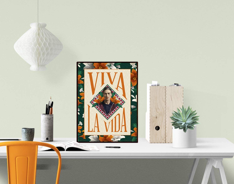 Póster con ilustraciones de flores de Frida Kahlo