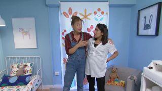 Transformar una sala en un dormitorio infantil sencillo y acogedor con friso azul paso 8