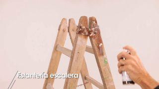 Cómo hacer una estantería con una escalera