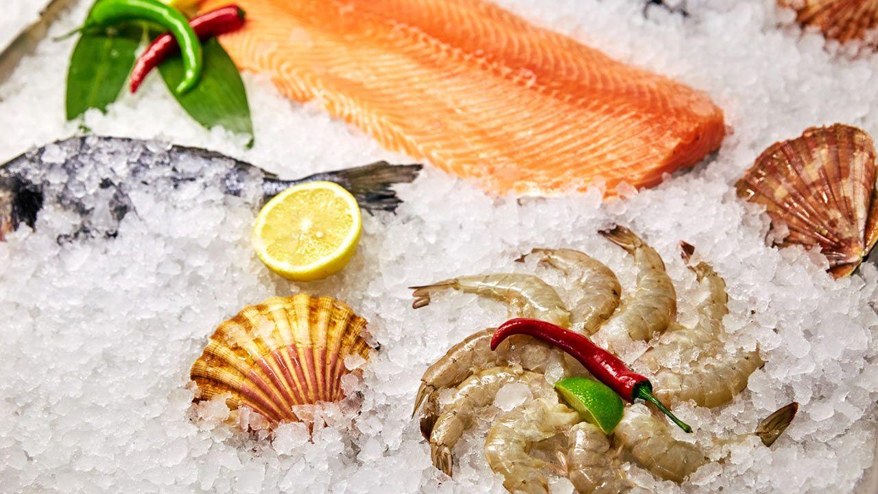 Congelar pescado y marisco.