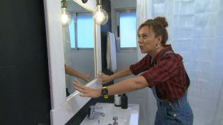 Reciclar un espejo ovalado elaborando un marco rectangular paso 6