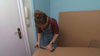 Decorar recibidor pequeño con mueble de cartón - Paso 5