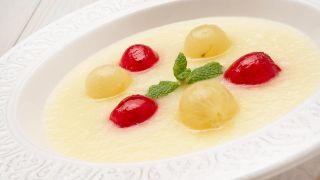 Sopa de melón con uvas