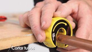 Cómo cortar tuberías de cobre - Paso 6
