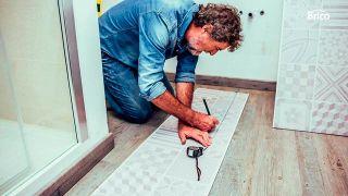 Cómo revestir pared de baño sin hacer obras