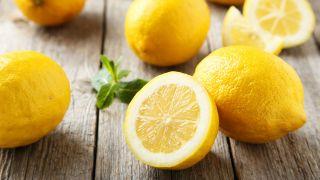 Remedios naturales para desintoxicar el cabello - Limón