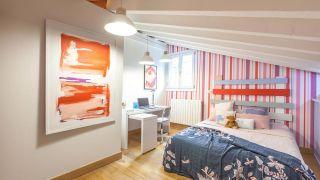Dormitorio infantil abuhardillado luminoso personalizado