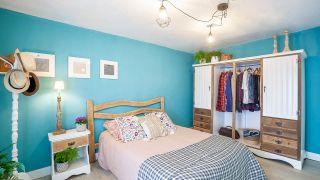 ¡Renovamos el dormitorio principal de una casa abandonada!