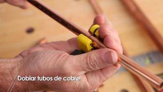 Cómo doblar tubos de cobre paso a paso