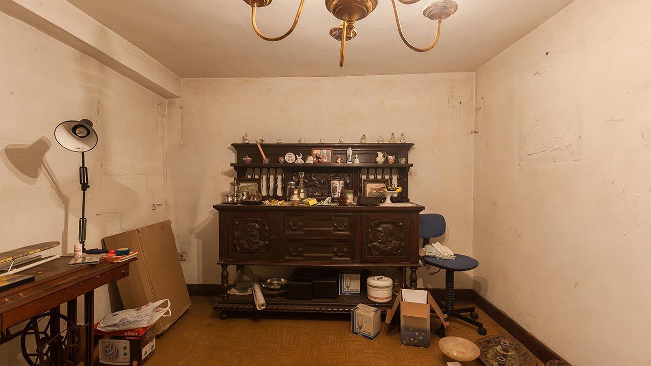 Transformar trastero destartalado en sala alternativa