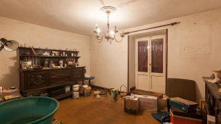 Transformamos un trastero en una sala de estilo alternativo con muebles reciclados - Antes