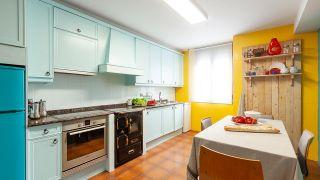 Renovamos una cocina anticuada y sin chispa ¡sin hacer obra!