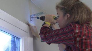Transformar un salón destrozado en una sala luminosa en blanco - Paso 8