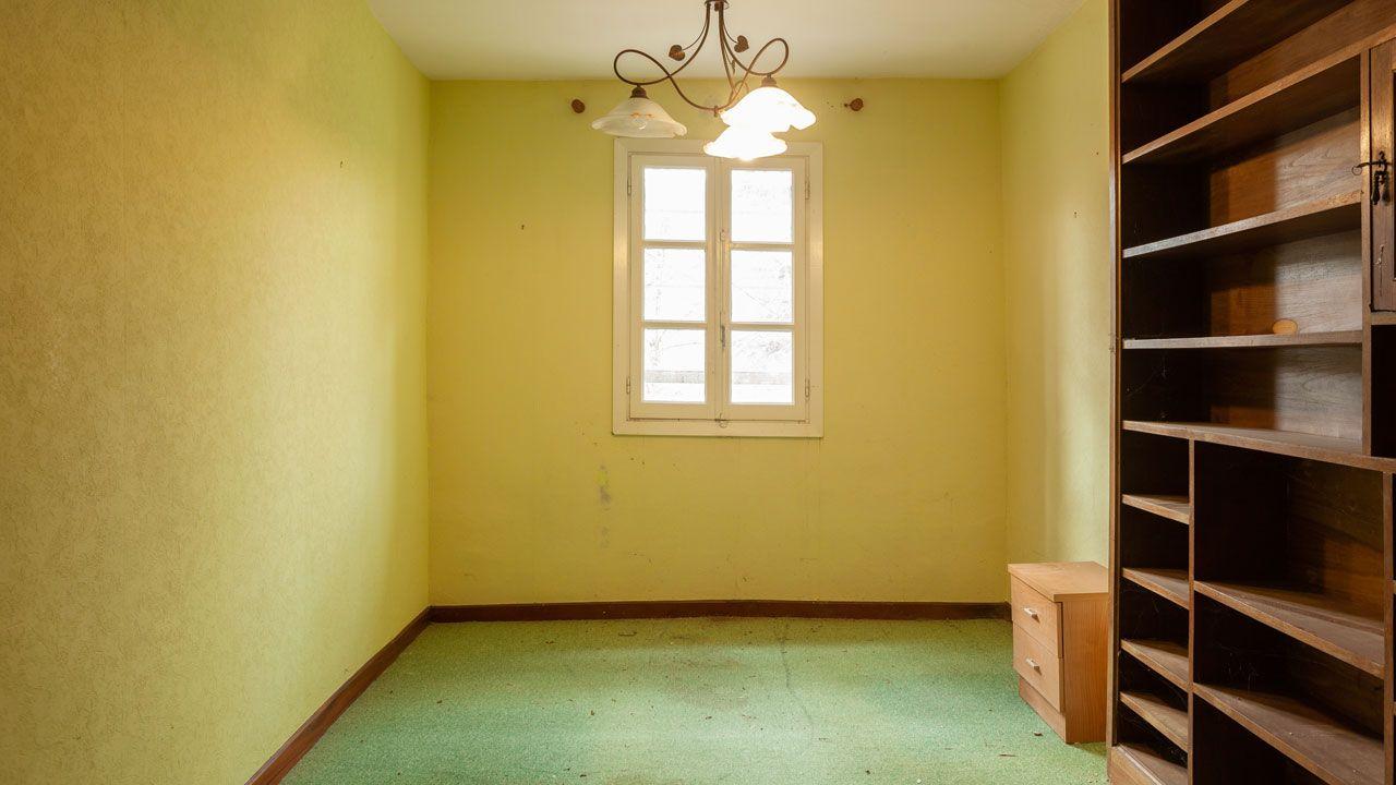 Decorar una sala totalmente destrozada