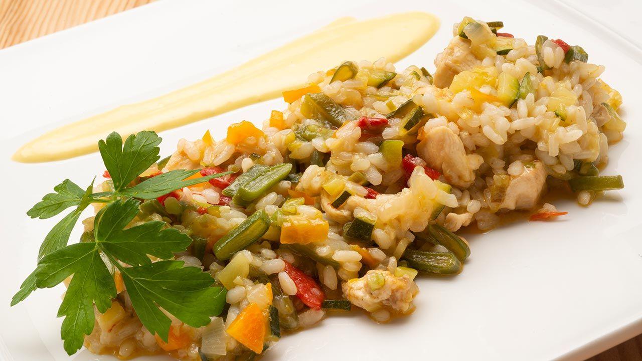Receta de arroz con pollo y verduras de Karlos Arguiñano