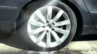Limpiar las llantas del coche - paso 3