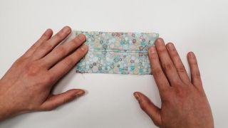 Cómo hacer una mascarilla de tela para niños - Paso 4