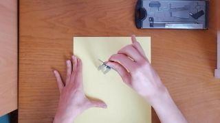 Cómo hacer un pompón de lana - Paso 2