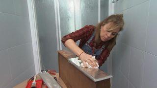 Decorar un cuarto de baño pequeño y sencillo con un mueble muy original - Paso 7