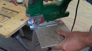 Cómo colocar un friso de vinilo