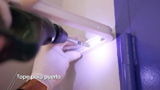 Cómo hacer un tope de puerta para la pared