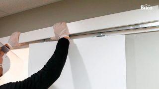 Cómo regular una puerta corredera