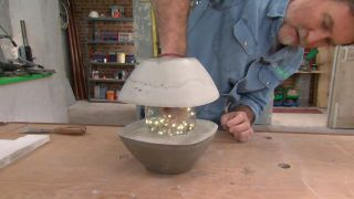 Cómo hacer una lámpara de hormigón con forma de farolillo