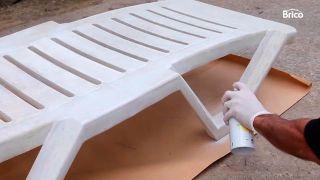 Cómo pintar una tumbona de plástico