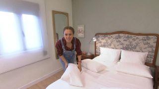 Dormitorio elegante y sencillo con espejos - Paso 10