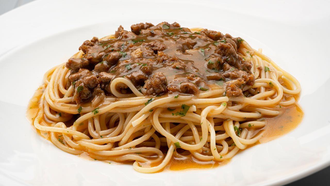 Receta de espaguetis con salsa española de Karlos Arguiñano