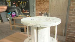 Cómo hacer una mesa con una bobina