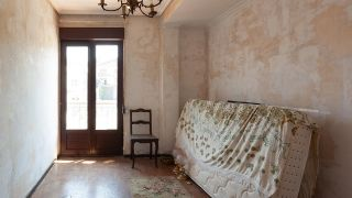 Habitación infantil clásica y luminosa en azul turquesa - Antes