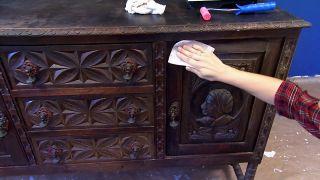 Pintamos un mueble muy antiguo, ¡de rojo! - Paso 1