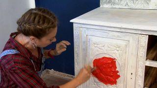 Pintamos un mueble muy antiguo, ¡de rojo! - Paso 3