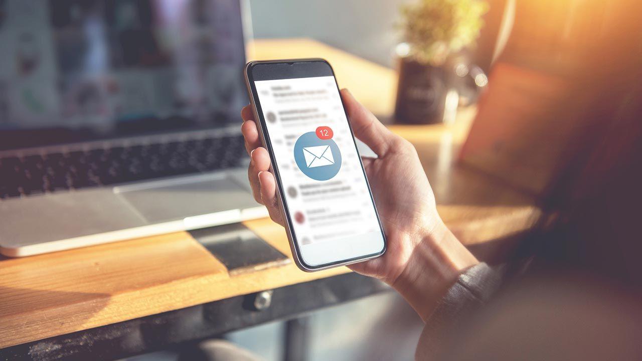 5 razones por las que revisar los e-mails de tu banco