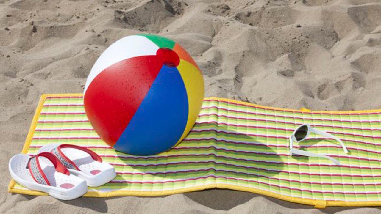 Cómo limpiar la esterilla de la playa