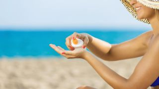 8 consejos para mantener el bronceado - Protector solar