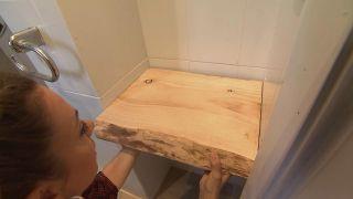 Decorar un cuarto de baño en madera y gris - Paso 4