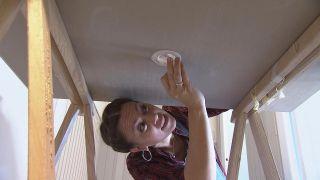 Cómo colocar un foco LED en el techo - Paso 5