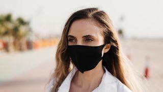 Esponja konjac, ¿la solución para eliminar el acné causado por la mascarilla? - Maskne