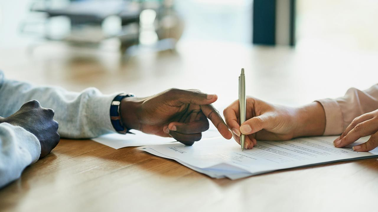 Qué porcentaje de retención IRPF deberíamos seleccionar en cada contrato laboral