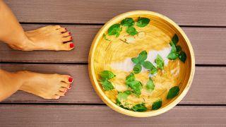 Remedio para el sudor y olor de pies - crema de menta para pies